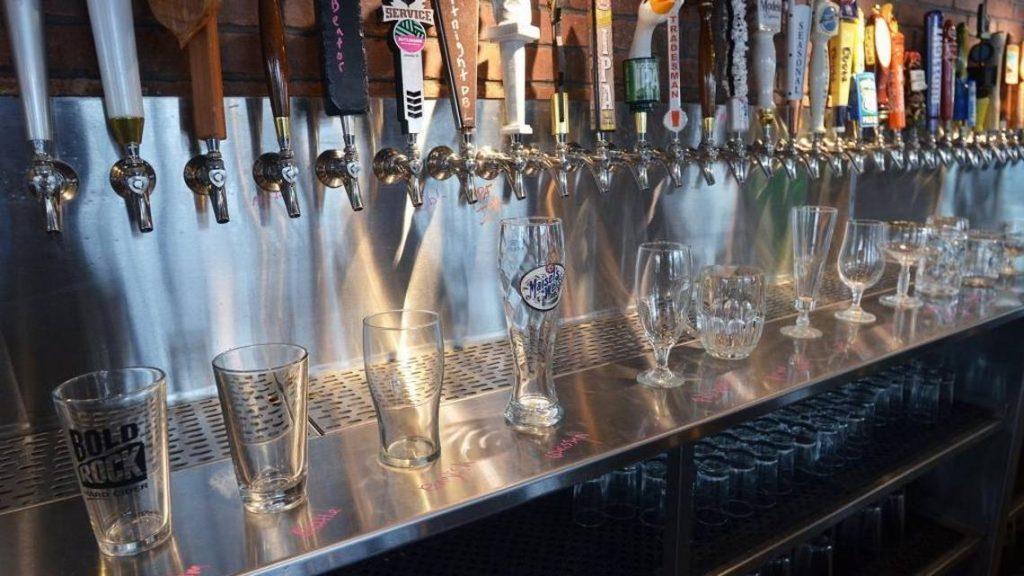 Pesona yang Dimiliki oleh Sport Beer Bar Draught Charlotte