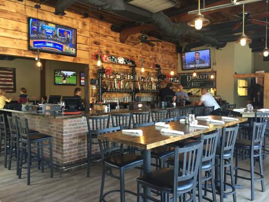 Pesona yang Dimiliki oleh Sport Beer Bar Draught Charlotte di USA